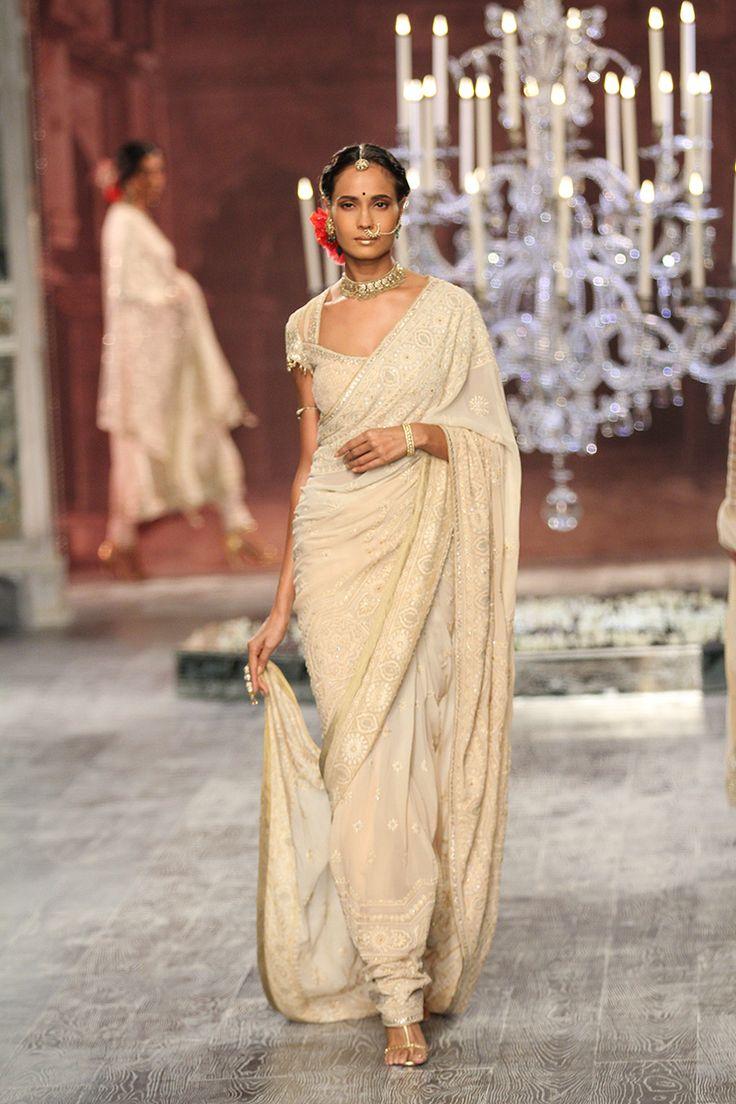 by designer tarun tahiliani bridelan personal shopper style consultants