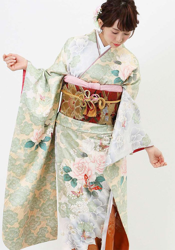 Romantic Furisode with Vintage Style Rose and Peony Print