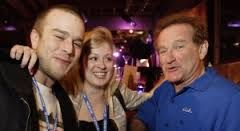 Zach Williams, Alex Mallick and Robin Williams attend the after party for the closing night of the 49th San Francisco International Film Festival on May 4, 2006 in San Francisco, California.
