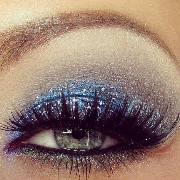 Make a simple dress like #Jovani style 22884 sparkle with a glitter eyeshadow…