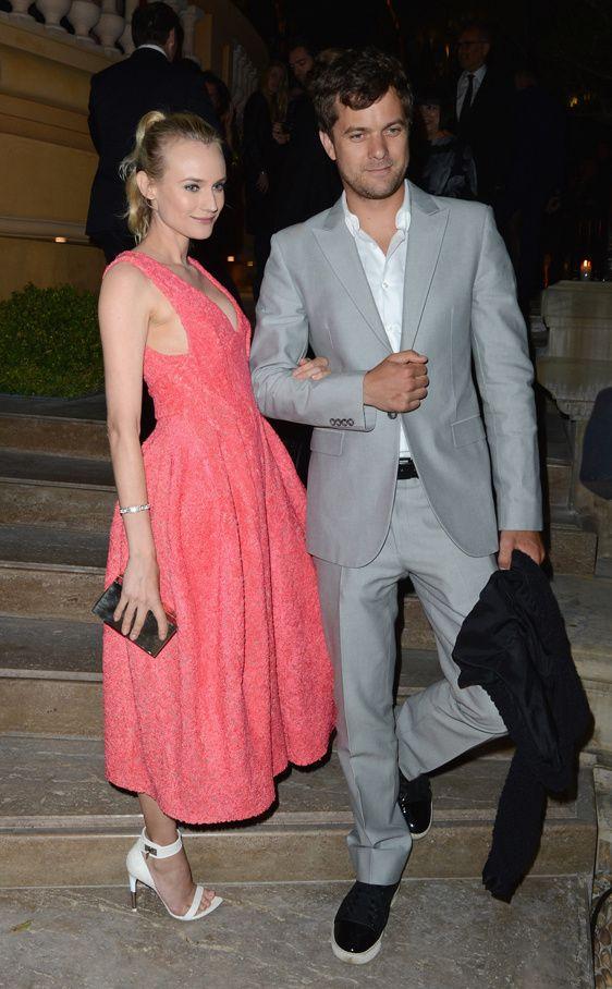 Diane Kruger, con un vestido color fresa de Calvin Klein Collection y sandalias minimal de Givenchy, volvió a ser la protagonista de la noche, esta vez acompañada por su novio el también actor Joshua Jackson.