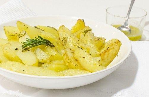 Patatas al ajo-limón para #Mycook http://www.mycook.es/receta/patatas-al-ajo-limon/