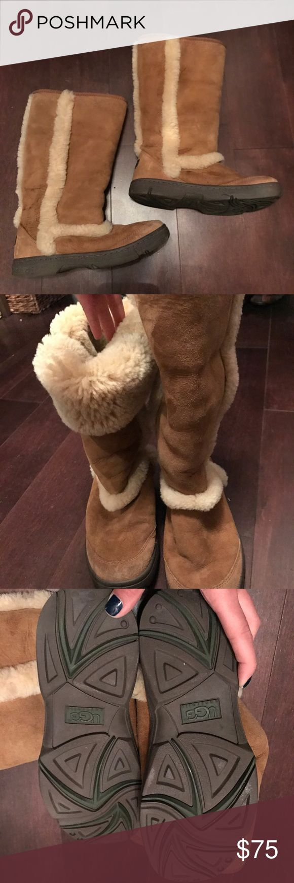 Authentic womens Ugg Boots n size 8 no box. Authentic Ugg Boots great condition size 8 no box. Can be worn all the way up or flapped down UGG Shoes Winter & Rain Boots