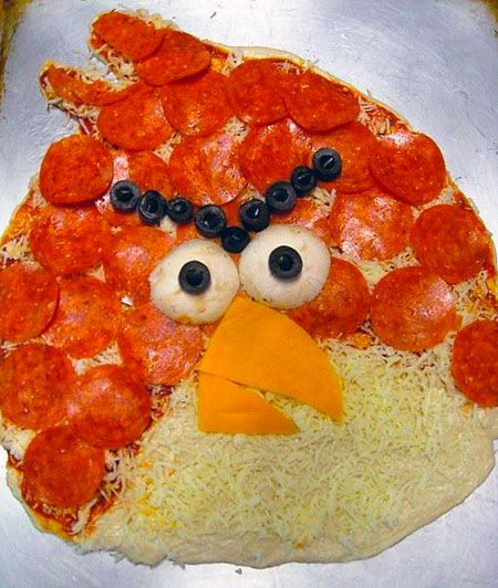 Angry Birds Pizza on Global Geek News.