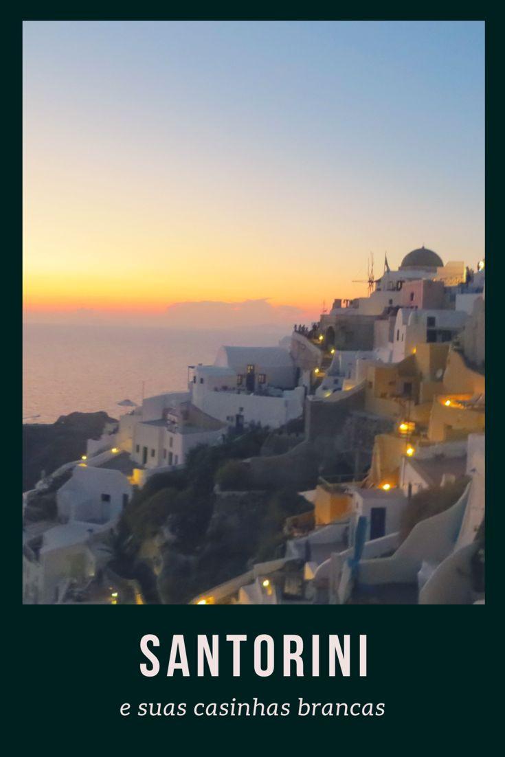 Santorini é suas casinhas brancas - Grécia