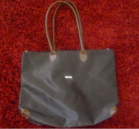 Vends sac Ted Lapidus couleur marron www.videdressing.com/sacs-a-main-en-tissu/ted-lapidus/p-2009838.html