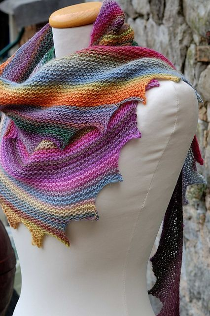 Knitted Pattern For Wingspan Scarf : 45 best images about knitting wingspan/ swingstitch pattern op Pinterest - Gr...