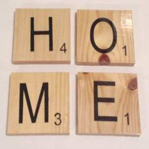 8 Great housewarming gift ideas   Here is a list of some of the best and most quirky housewarming gifts that will make any new home-owners love you.