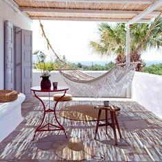 Vue sur la mer depuis la terrasse #terrasse #terrace
