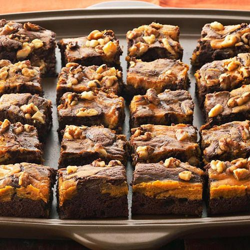 Daily Dish: Marbled Chocolate-Pumpkin Brownies. Get more Daily Dish recipes here: http://bhgfood.tumblr.com/post/30994380757/daily-dish-savor-delicious-fall-flavor-with-thesePumpkin Recipes, Chocolate Pumpkin Brownies, Chocolates Pumpkin, Brownies Recipe, Marbles Chocolate Pumpkin, Chocolates Brownies, Healthy Desserts, Chocolate Brownies, Fall Desserts