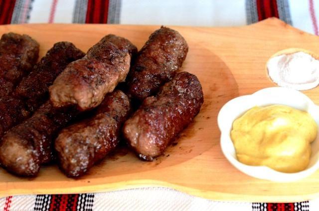 mititei – rețetă de carmangerie 'cercată, gustată, savurată - http://www.dorianradu.ro/recipes/mititei/