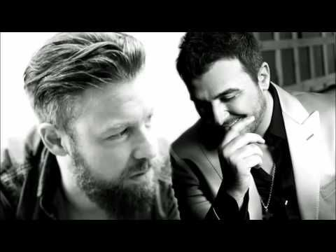 Δωσ' μου μια αγκαλιά - Αντώνης Ρέμος & Γιάννης Βαρδής (New Song 2016) [HQ] - YouTube