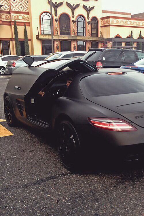 Matte black Mercedes Benz SLS AMG❤️ sports car, luxury car