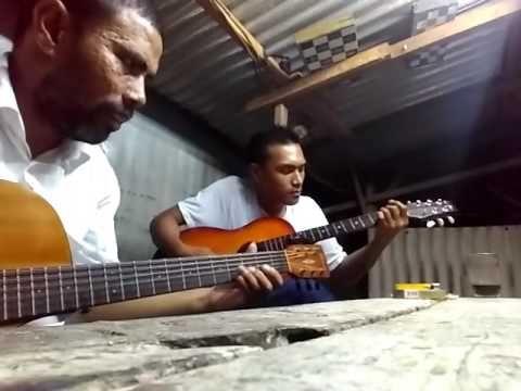 Dasyat...!!! Gitaris lapo Batak