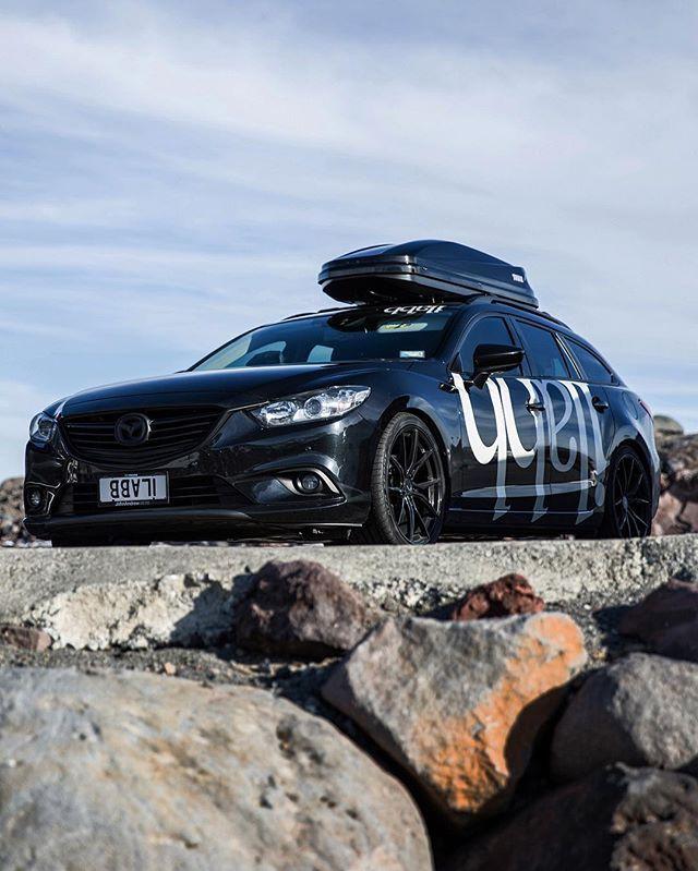 On location testing some winter new{ness} : Mazda NZ • John Andrew Mazda : @mazdausa : @magandturbo : @advantiracingnz • @thule : @ilabb • @ilabbfamily : #ilabb #ilabbfamily #mazda #mazda6 #zoomzoom #mazdanz #magandturbo #advanti #moving #black #collab #stance #lowered #mountains #ruapehu #adventure #explore #travel #collaboration #thule #thulenz