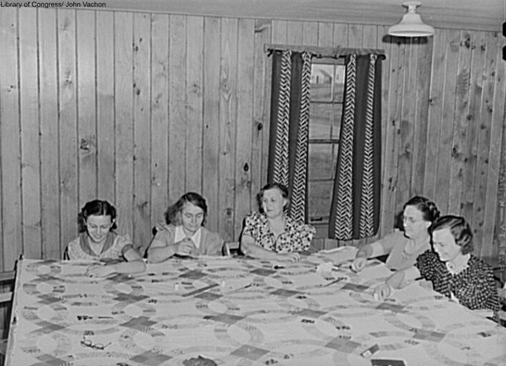 Quilting bee in 1940