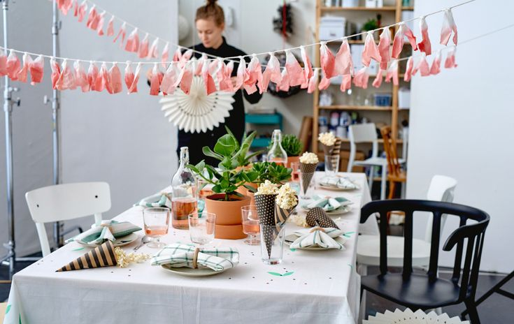 Picture of a table and its surroundings decorated for a party