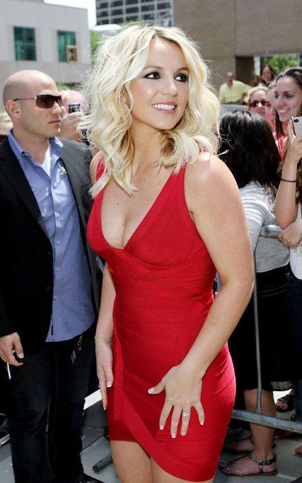 Google Image Result for http://celebsgoss.com/wp-content/uploads/2012/08/Britney-Spears-X-Factor-USA-auditions.jpg