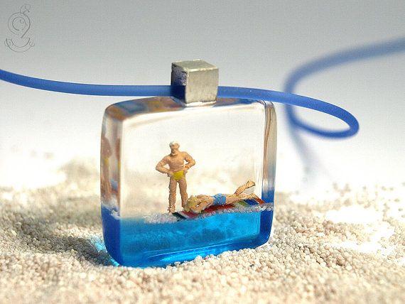 Lindos! Artista encaixa cenários minúsculos dentro de anéis | Virgula