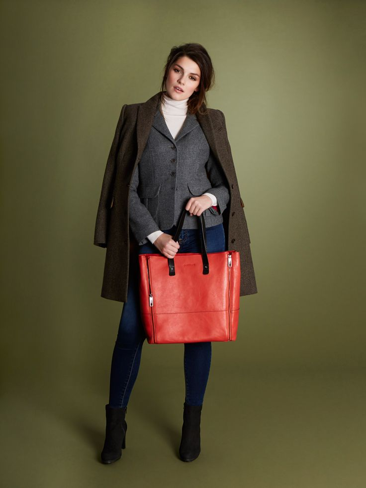 Paul Costelloe Living Studio, a refined collection for women with an emphasis on superior fabrics