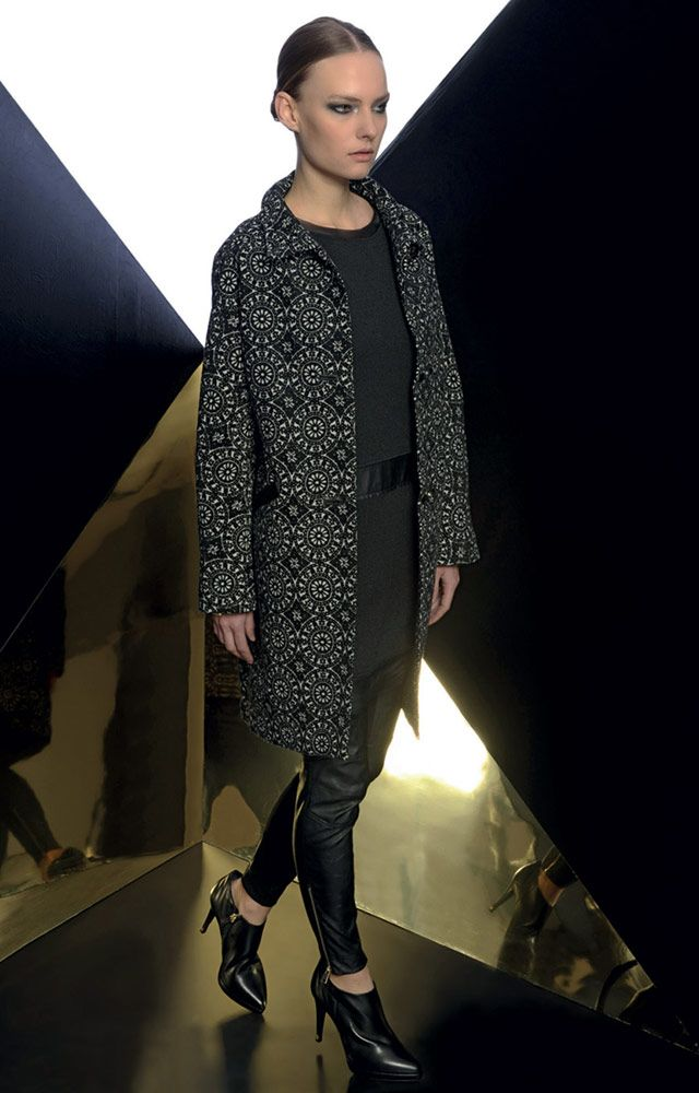 Look 01 _ 914 Coat . 331 Dress . 400 Trousers . 280P Ankle Boots
