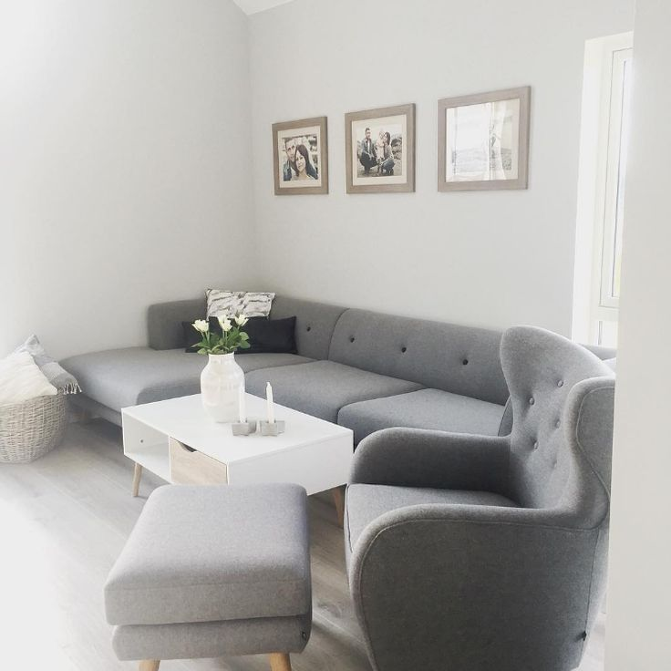 Eddie, Nils und Georg bringen Ruhe bei @_vivian_89 rein.  #sofacompany #sofacompany_de #danishdesign #furniture #scandinaviandesign #interiordesign #furnituredesign #nordicinspiration #retrostyle