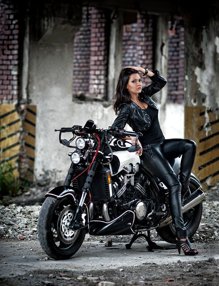 Kala Yamaha V-Max
