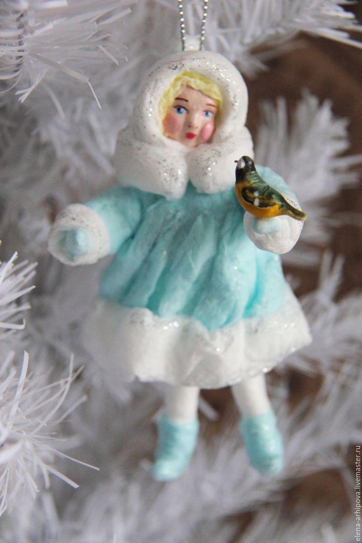 """Авторская ёлочная игрушка из ваты """"Девочка-Снегурочка с ..."""