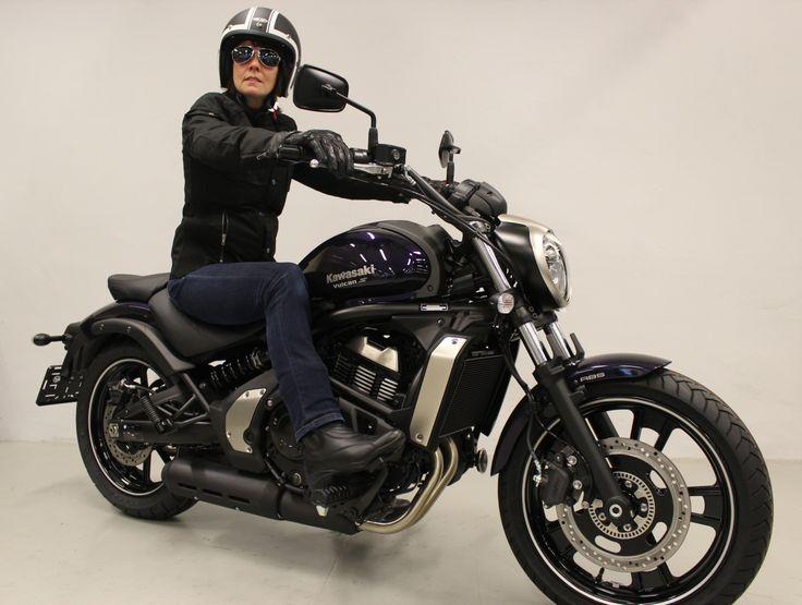 Vulcan S ABS demo rider
