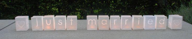 Lampion au sol #mariage #skylantern #photophore #paperlantern #maya #tindra #deco #jardin #JustMarried