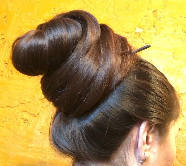 Video Mila S Big Buns Long Hair Styles Bun Hairstyles For Long Hair Big Bun Hair