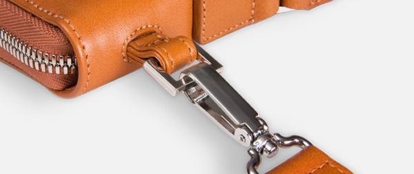 Laptop Bags by Soeren Hougesen, via Behance