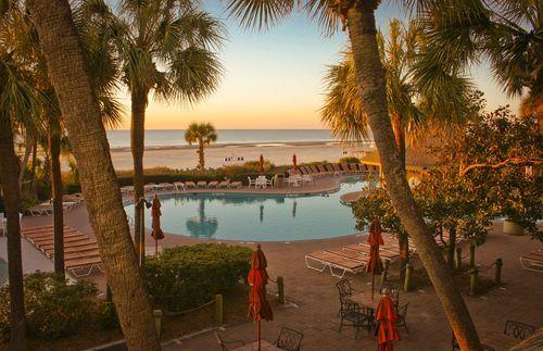 The Beach House Resort Hotel in Hilton Head, South Carolina | Holiday Inn Resort