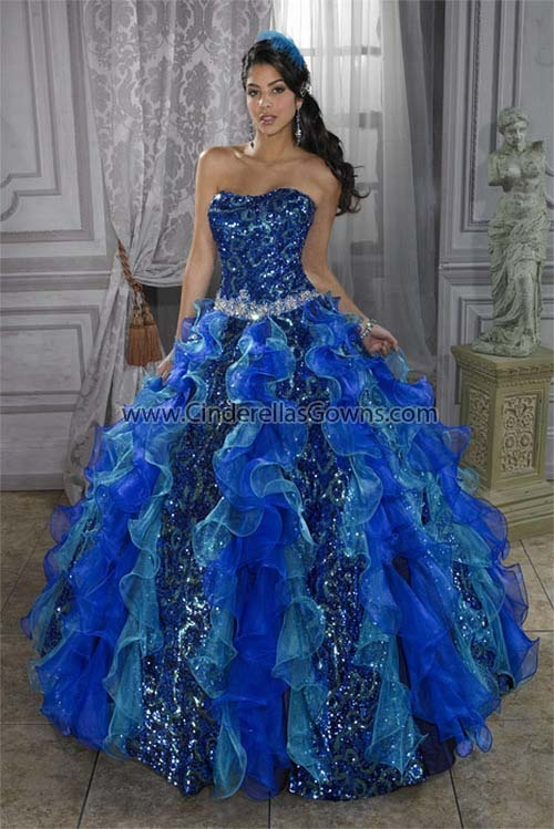 47 best prom dresses images on Pinterest   Prom dresses, Ball gowns ...