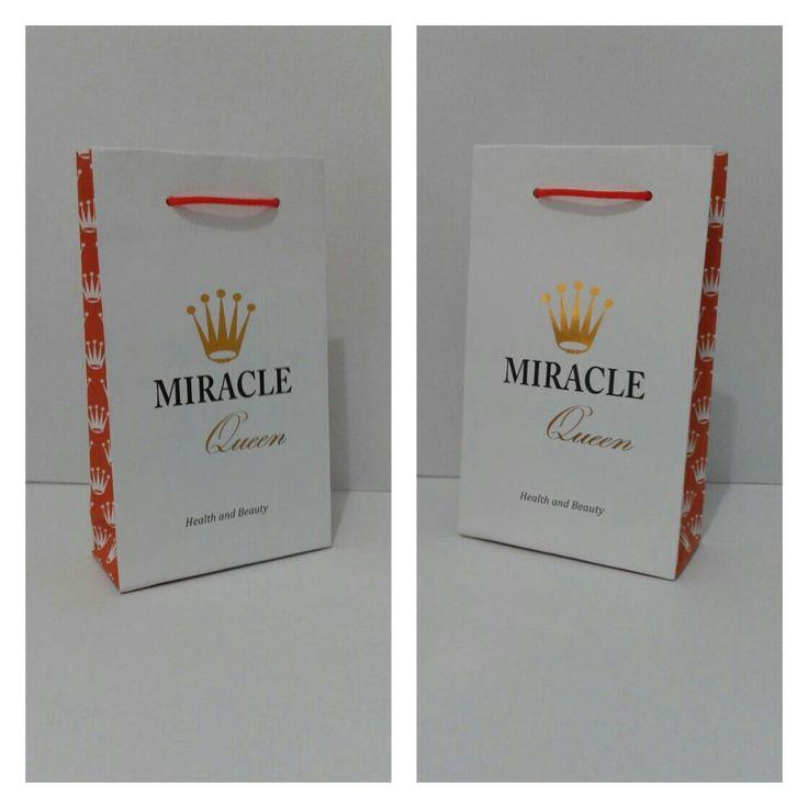 Paper bag / Tas Kertas untuk produk,  selain sebagai tempat produk juga sebagai branding dan alat pemasaran