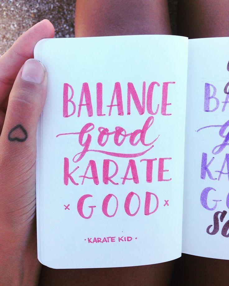 Mini proyecto/ Frases de mis pelis favoritas ✏️ KARATE KID #karatekid #miyagi #90s #moviequotes #handmade #handtype #handlettered #handlettering #handbrush #lettering #moderncalligraphy #mechudiamante #crayola