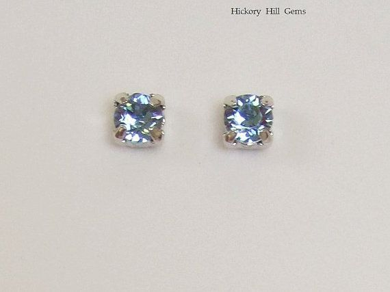 Lily Jewelry Elegant Blue Flower Swarovski Elements Crystal & Rhinestone Stud Earrings For Women REON6wmfc