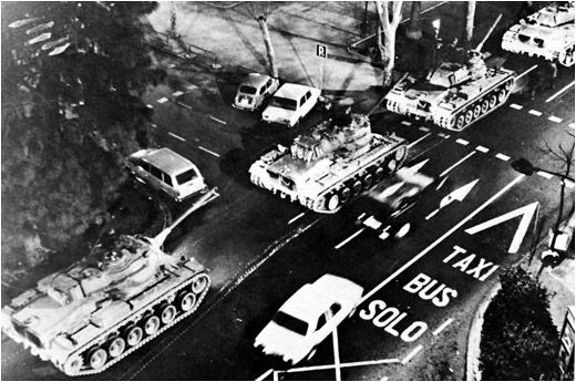 Tanques en las calles de Valencia, 23 febrero 1981