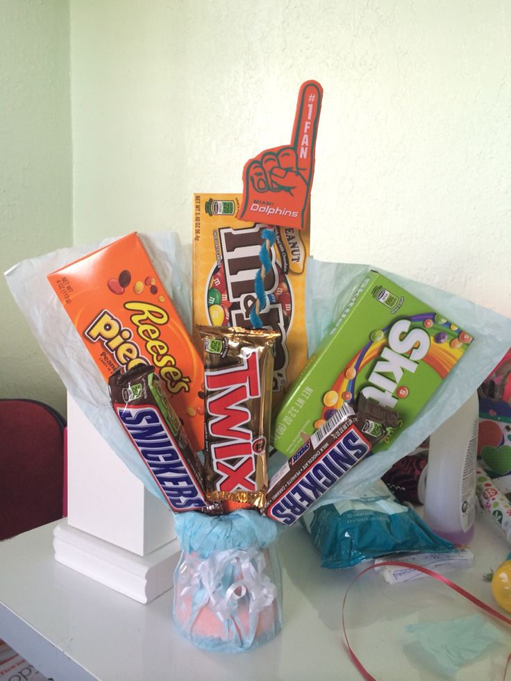 Candy bouquet I made for my boyfriend for his birthday / 6 months