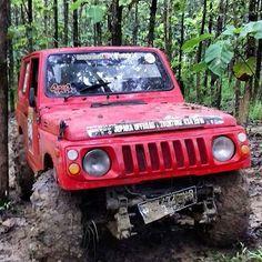 Mbrasakkk #suzukijimny #suzukisamurai #jimin #jimnykatana #suzuki4x4 #suzukikatanajimnyindonesia #offroad #sj410 #jeep #jeepindonesia