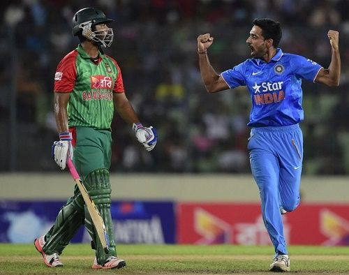 Watch Bangladesh vs India live cricket match streaming and telecast online of 2015 series' 3rd ODI on 24 June. Get IND vs BAN live score and updates info here.