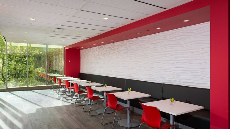 Nami's smaller scale makes it ideal in training and conference areas, auditoriums, classrooms and healthcare facilities. It's fresh, modern profile is also attractive in a retail setting, cafeteria, café and recreational spaces.