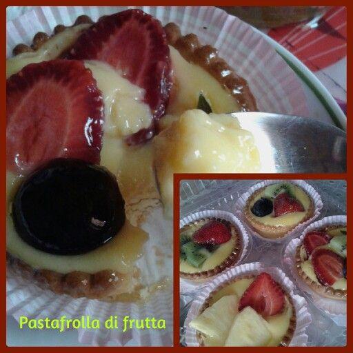Collage Pastafrolla di frutta e crema pasticcera #senzauova#noegg#fruits#strawberry#uva#kiwi#green#yellow#red purificante! 1x90 gt x150kj 10gr sugar&carb.3prot. #cream #idea #mummysday festa della mamma #2014…