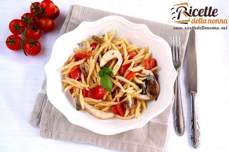 La ricetta delle trofie con seppie carciofi e pachino un primo piatto semplice ed equilibrato che combina i sapori del mare e della terra.