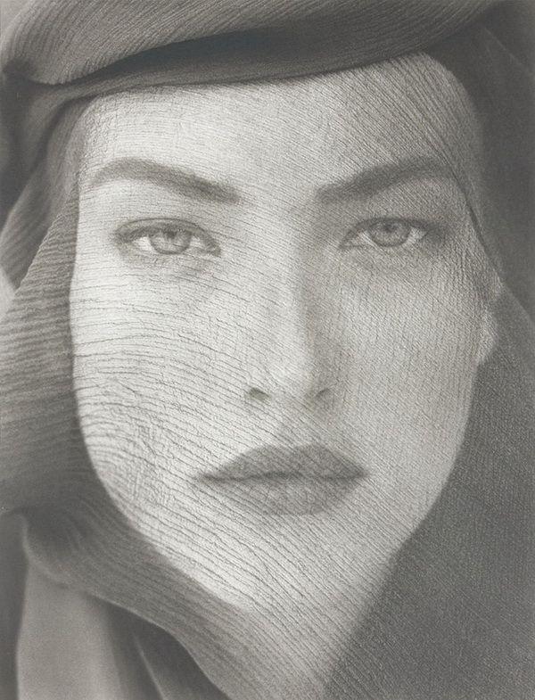 Херб Ритц (Herb Ritts) известный фотограф знаменитостей и мира моды.