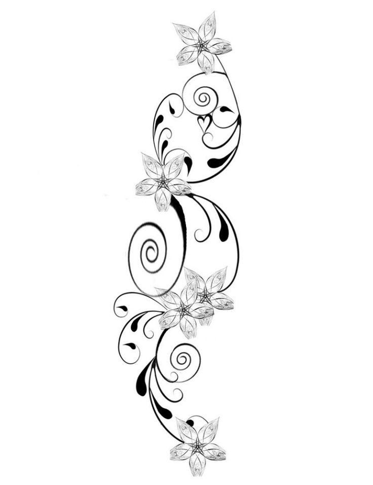 modèle tatouage original - fleurs délicates et un petit cœur