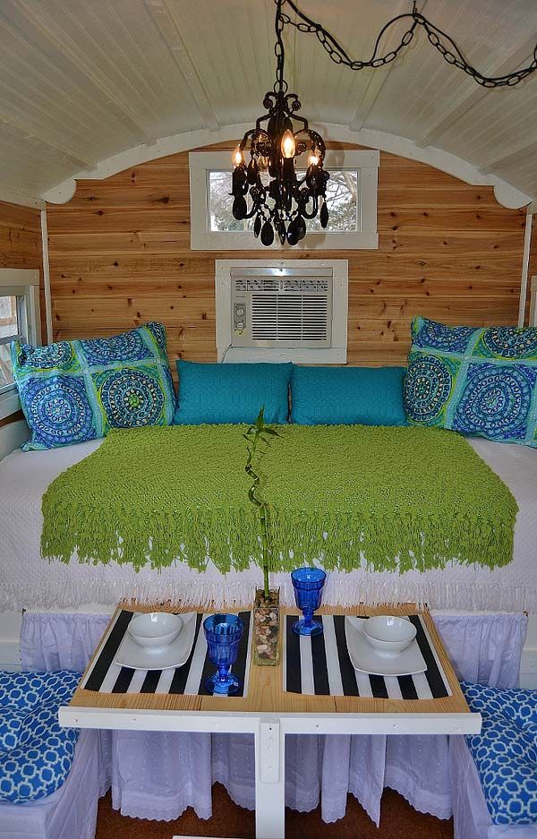 vardo bed - love the colors here!  But oof, 56 square feet is micro, not tiny!