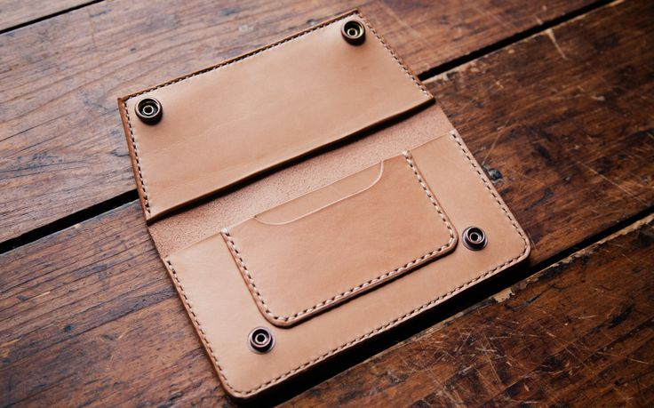 Leather wallet in vintage style with a replica of ancient Russian coin of the 16th century . Handstitched / Veg.Tan.
