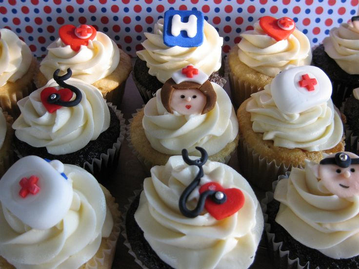 cute nurse cupcakes! i so need to make these for @Ashlee Outsen Price