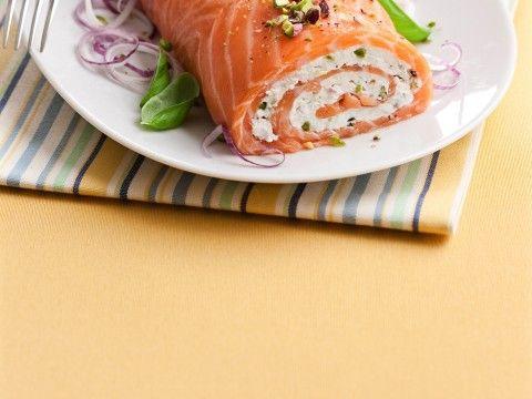 tronchetto-di-salmone-ai-pistacchi